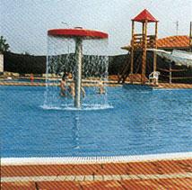 Esterno bordo piscina
