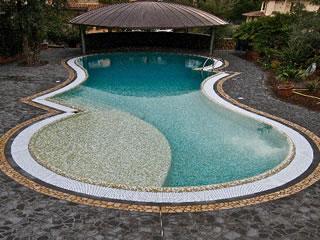 piscina bordo sfioratore 1